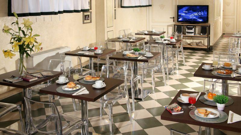 hotel-alessandrino-rome-breaskfast-room-14